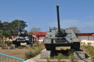 tanque/museo-playa-giron