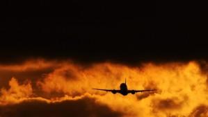 avion-contraluz