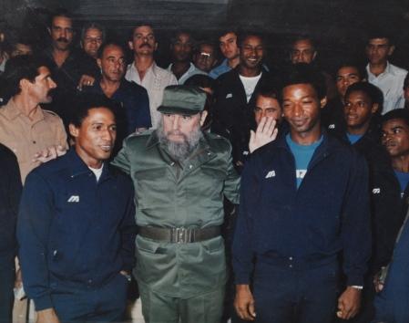 Luis-Ulacia_Fidel-Castro_2