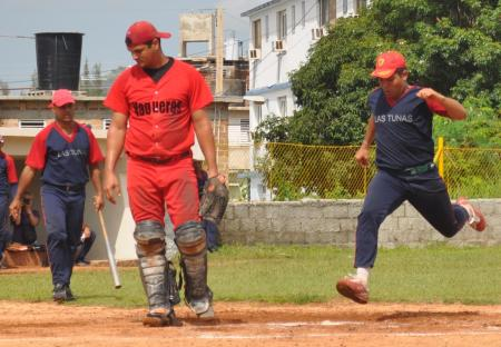 Softbol Vaq-vs-Ltu